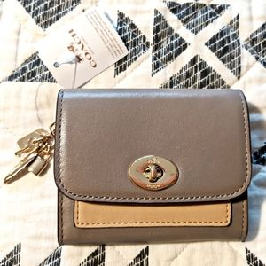 Authentic Coach Wallet NWT
